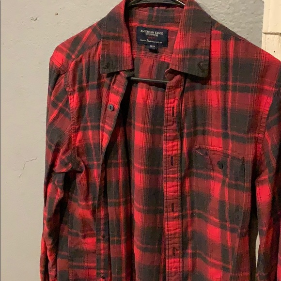 cc6dfdb9e American Eagle Outfitters Other - American Eagle (AEO) slim fit Men s  flannel shirt